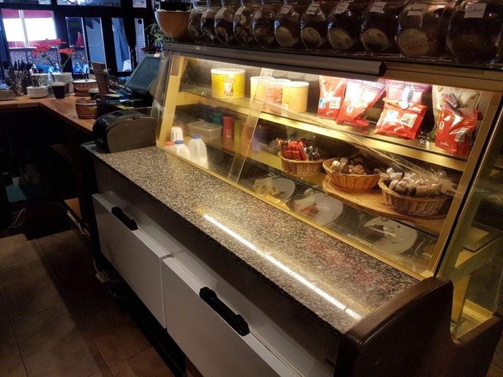 Igloo BETA Gold Patisserie Delicatessen Refrigerated Display Counter 1900