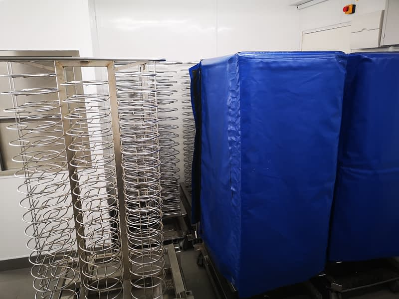 Rational Mobile 100 plate racks/trolleys with covers